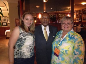 Thanks to Cyndi Howell (or Cyndi's List fame), I got a picture with Dr. Henry Louis Gates Jr. and Paula Stuart Warren.
